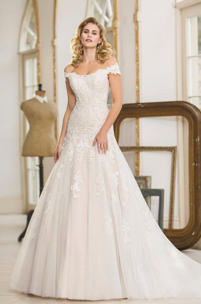 True Bride Ballgown Off the Shoulder Lace Wedding Dress