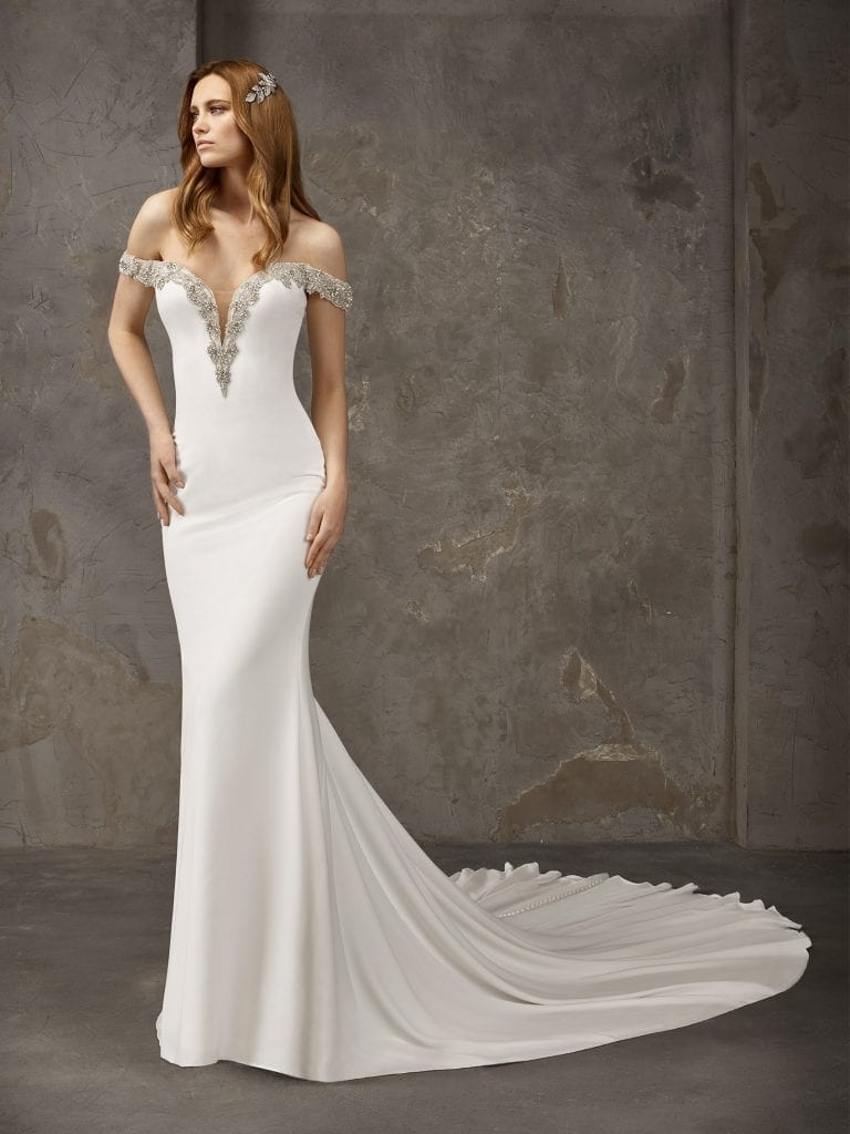 Sexy crepe mermaid wedding dress with long train