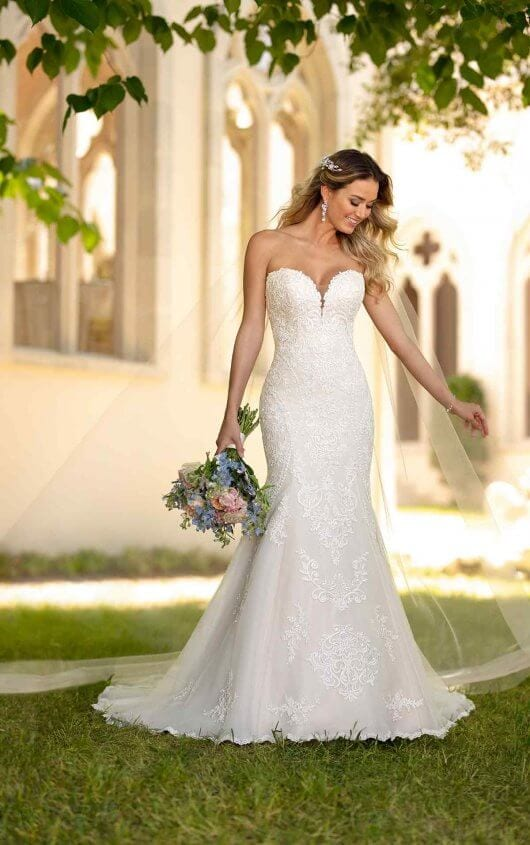 Stella York Fitted Lace Bosom Wedding Dress